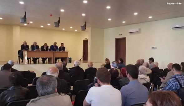 """Граждани от районите """"Витоша"""", """"Студентски"""" и """"Кремиковци"""" поискаха повече контрол от страна на държавата"""