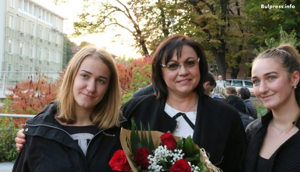 Корнелия Нинова: Борисов избра властта пред майките. Ако си отиде, няма да настъпи хаос, а подем