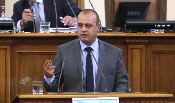 Христо Проданов: Управляващите взимат пари с бюджета от хората, а после им ги връщат