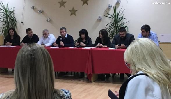 """Младите за """"Визия за България"""": Искаме да останем и да създадем семействата си тук"""