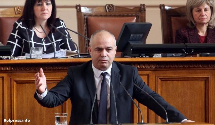 Георги Свиленски: Над 2000 души на Конгреса застанаха зад Елена Йончева