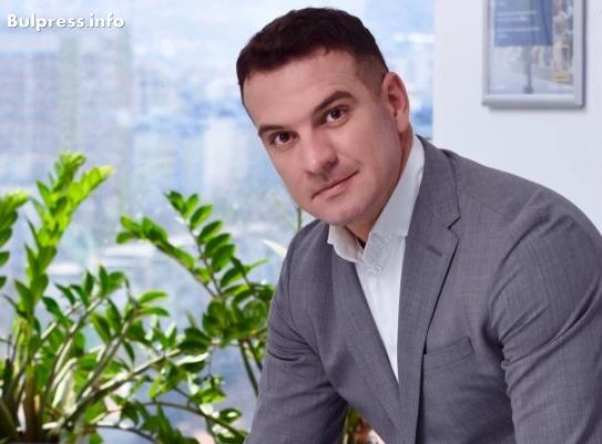 """Крум Дончев: Пакет """"Мобилност"""" е пладнешки обир на икономиката ни"""