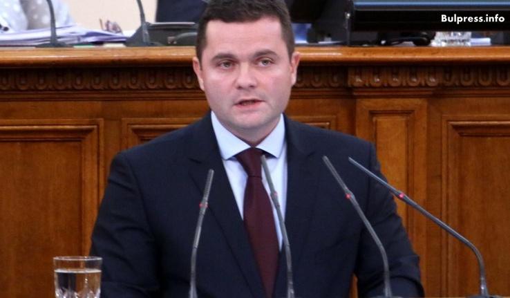 """Пенчо Милков: Цялото правителство е октопод в схема, като случая """"Ало, Банов съм"""""""