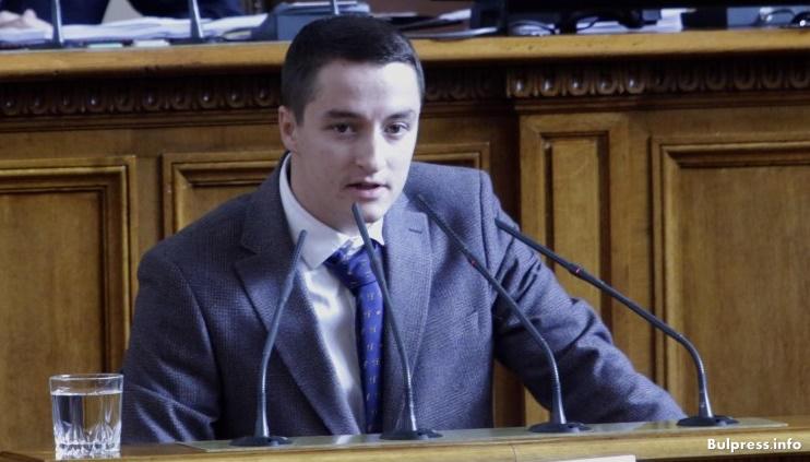 Явор Божанков: За ГЕРБ законът е врата в пустинята