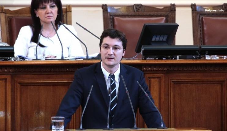 Крум Зарков: Ще атакуваме Закона за личните данни в Конституционния съд