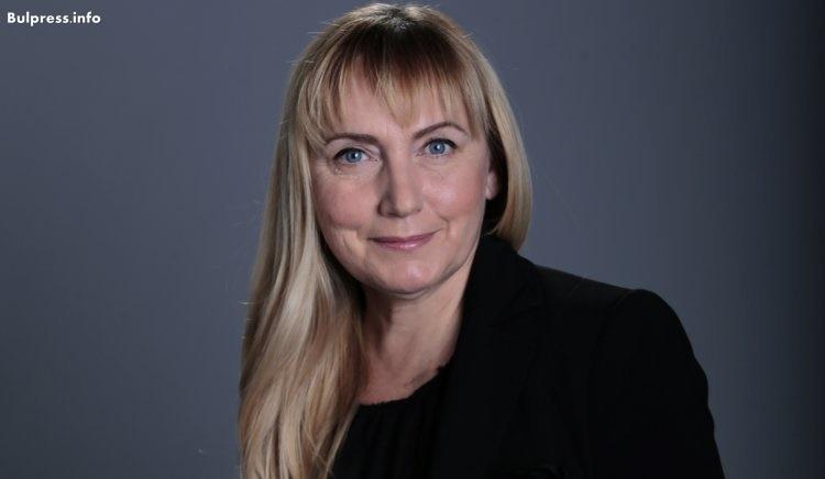 Eлена Йончева е водач на листата на БСП за европейските избори
