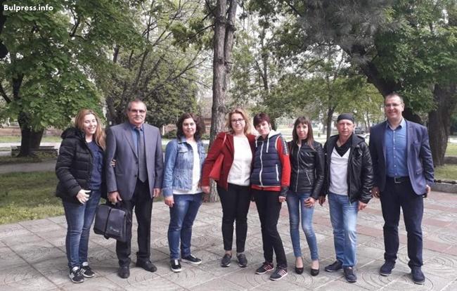 Деница Златева в Белене: С тези избори промяната в страната ще започне