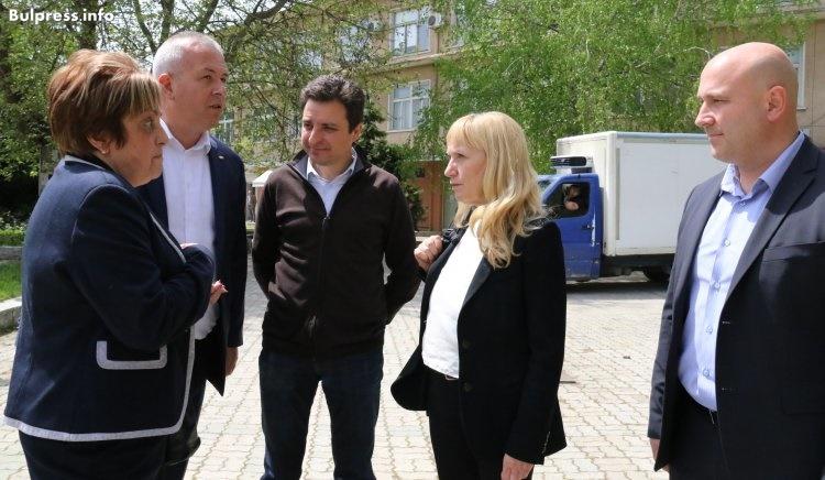 Септември към Елена Йончева: Помогнете ни в борбата с корупцията в общината