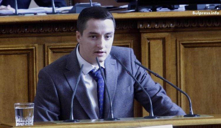 Божанков: Властта казва, че поема морална отговорност, но само замазва очите на хората