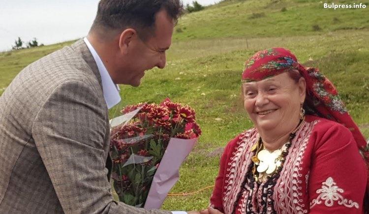 Валя Балканска към Крум Дончев: Бори се за българското и българщината