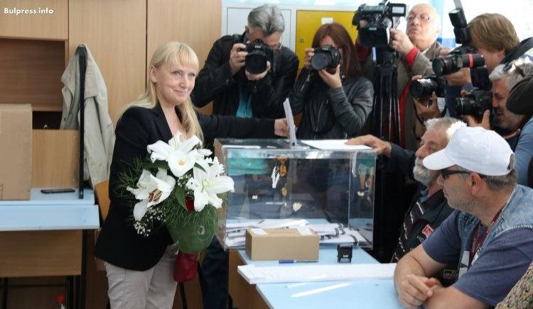 Елена Йончева : Тази вечер България и Европа ще бъдат променени