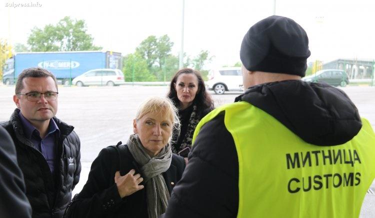Елена Йончева: Ако бяхме в Шенген, трафикът по Дунав мост щеше да е по-облекчен