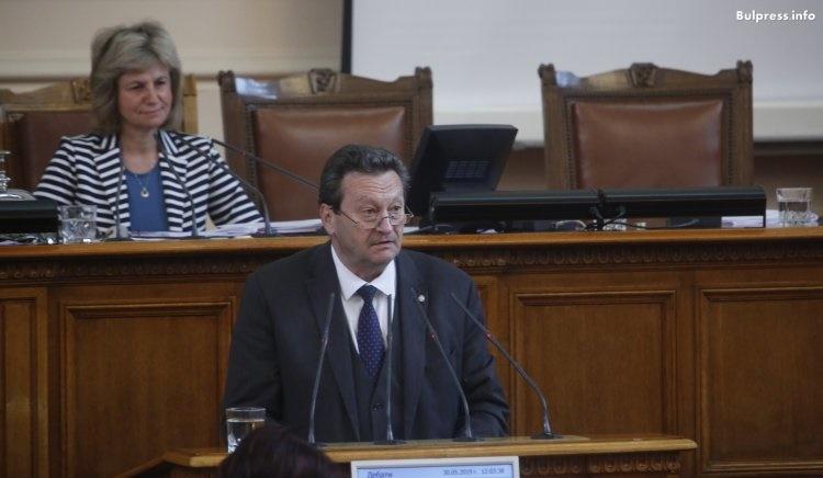 Ерменков за доклада на КЕВР: Независимостта на един орган не означава, че от него нищо не зависи