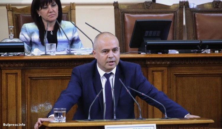 Свиленски: Офшорни фирми, водещи към ГЕРБ, стоят в основата на администрирането на тол-системата