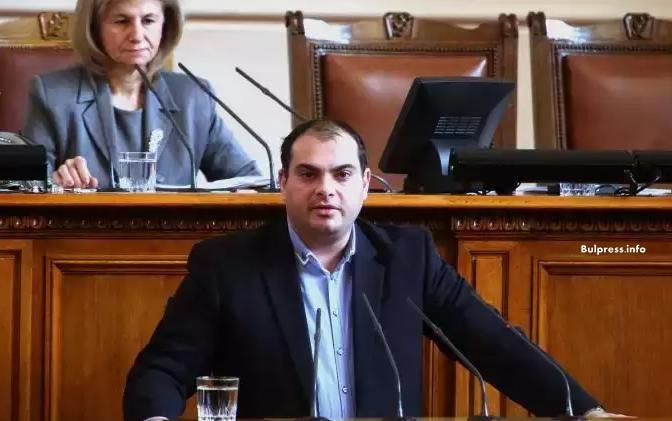 """Филип Попов: """"Рачевгейт"""" е поредният гейт от крилото на ГЕРБ"""