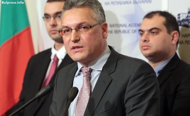 Жаблянов: Изразявам съжаление за начина, по който се развива българският парламентаризъм
