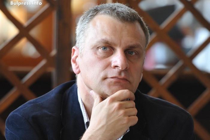 Петър Курумбашев: Подпомагането на малките и средни предприятия е една от целите на приетия доклад за ускоряване на иновациите в чиста енергия
