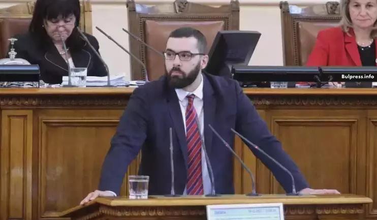 Стоян Мирчев: Шефът на ЧЕЗ обвинява директно правителството, че напуска България