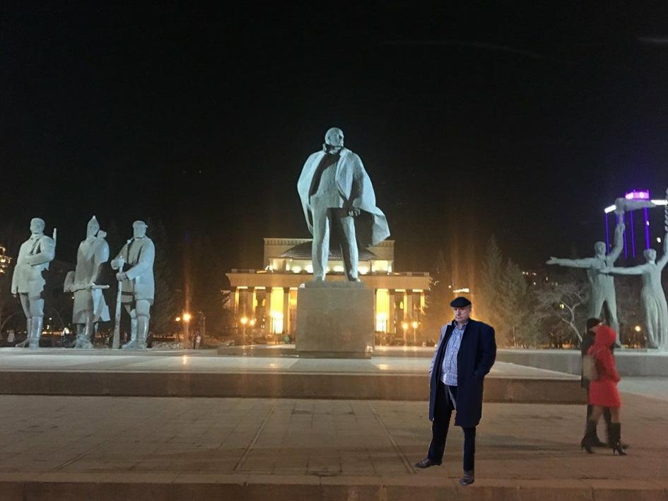 148 години от рождението на Владимир Улянов-Ленин. Владимир Улянов е с чувашки/ български корени.