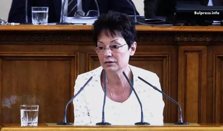 """Ирена Анастасова: Във """"Визия за България"""" са отразени основните задачи за развитието на образованието"""