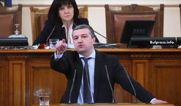 Драгомир Стойнев: Около 32% от доходите си хората дават за храна. Искаме намаляване на ДДС на хляба