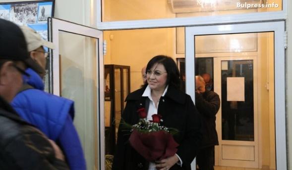 Корнелия Нинова в Свиленград: ГЕРБ отменят машинното гласуване в последен опит да спасят режима Борисов