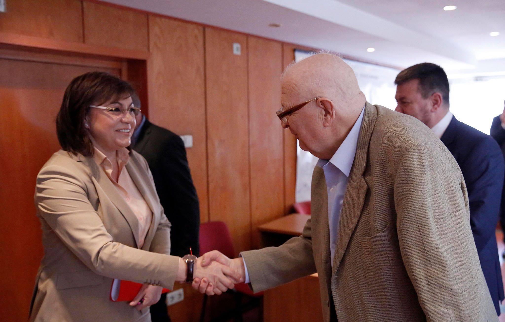 Корнелия Нинова продължава със срещите за честни избори