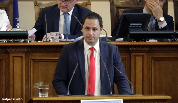 Петър Витанов: Този парламент и правителство са неспособни да решат проблемите на България