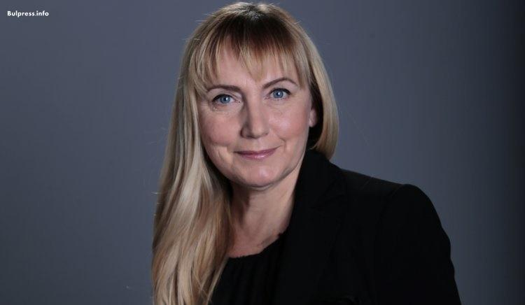 Елена Йончева: Всеки ден трябва да питаме- кои са видните политически личности, замесени в корупция