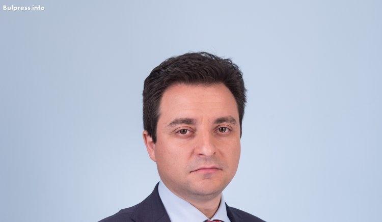 Димитър Данчев: Управляващите превърнаха българите в мигранти